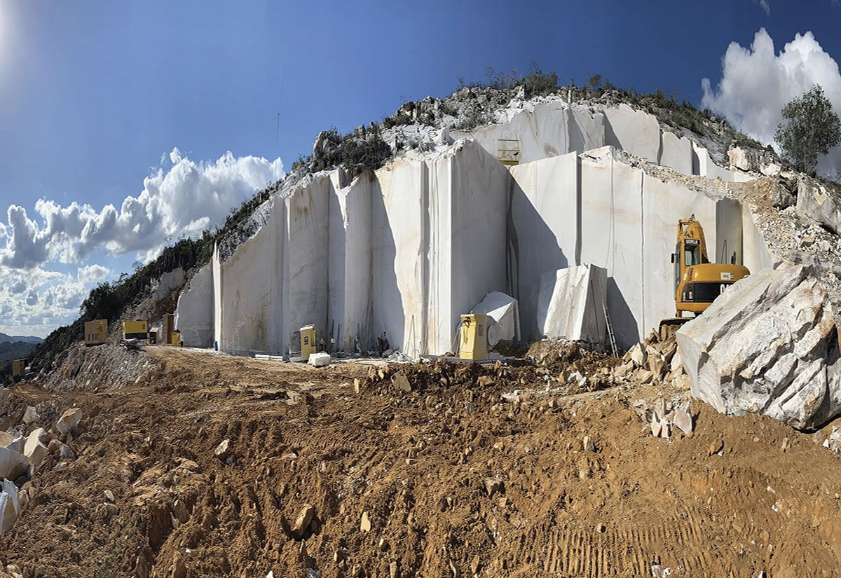 Diamond White Quarry